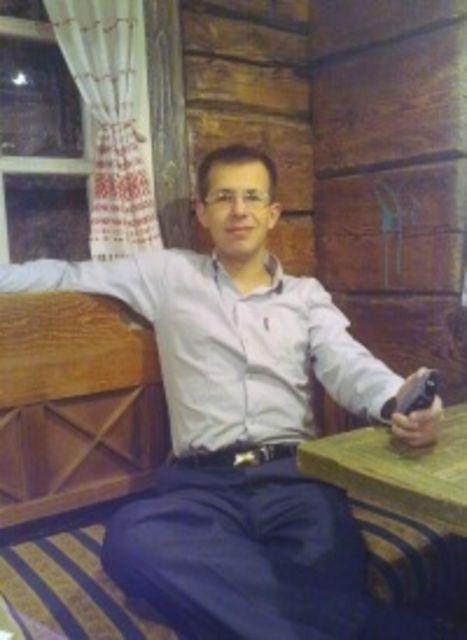 Михаил Позняк